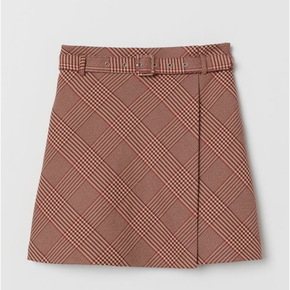 H&M NWT Plaid Belted Skirt
